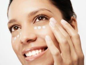 Micropigmentación para eliminar ojeras